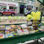 Niedawno poznańska księgarnia uczestniczyła w organizowanym po raz kolejny przez Towarzystwo Wiedzy Powszechnej Dniu Sąsiada.Były tańce, hulanka, swawola, dużo pysznego jedzenia no i oczywiście dobrej i taniej literatury dostarczenej przez Tak Czytam. :) Dziękujemy bardzo za możliwość uczestnictwa i wspaniałe towarzystwo.